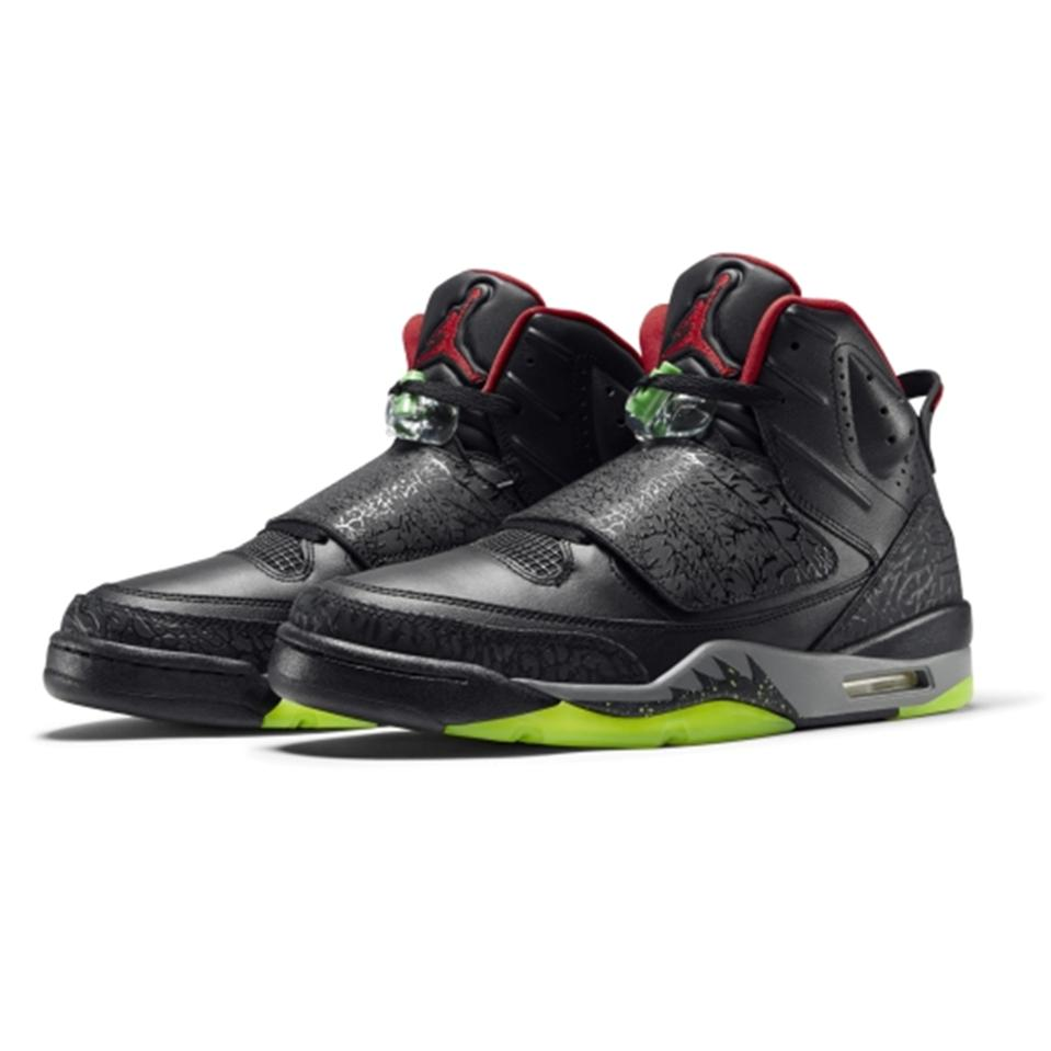 Mens Basketball Shoes Online India