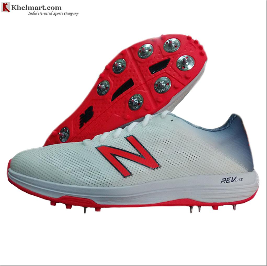cricket shoes new balance