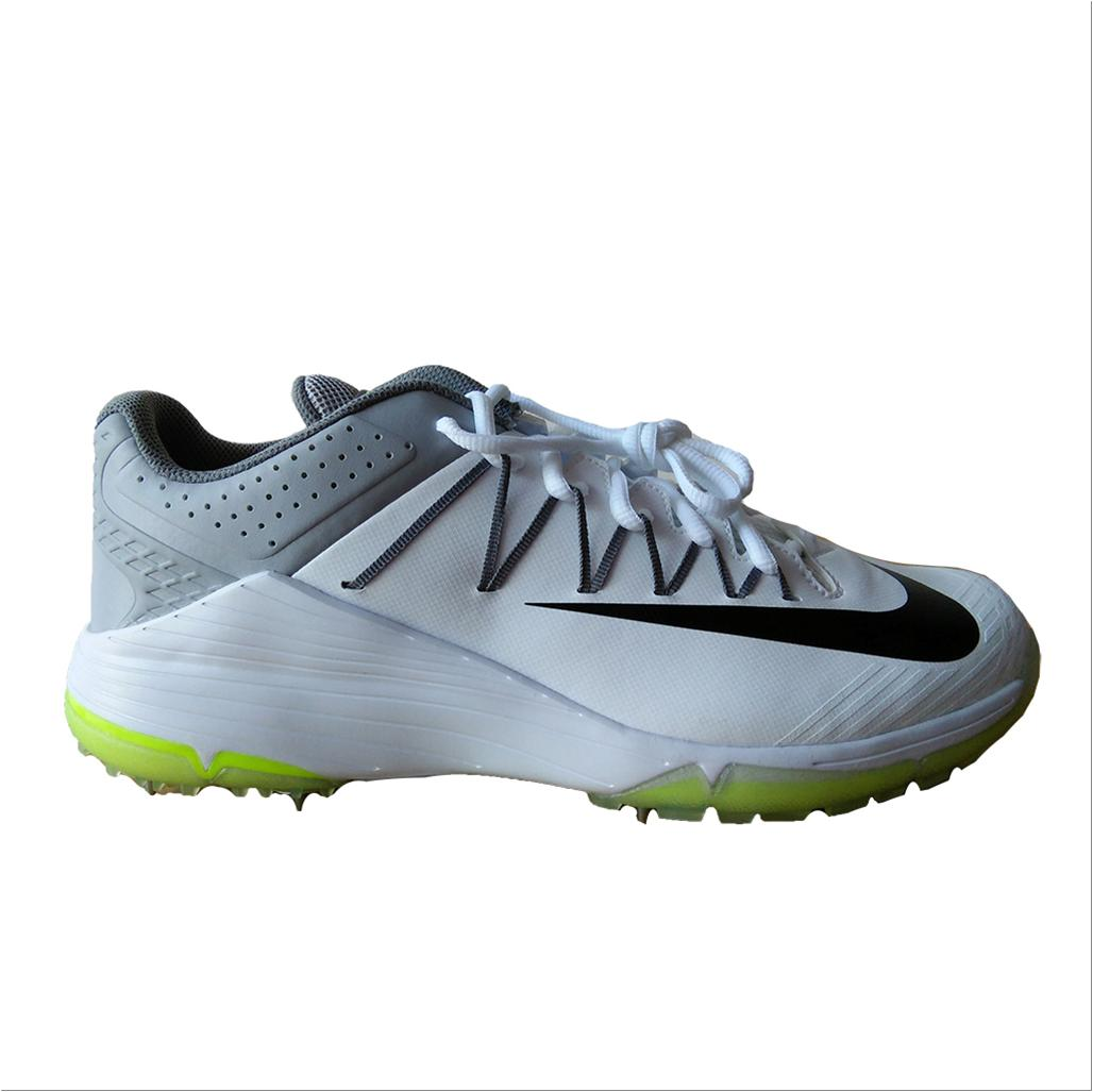 huge selection of ddaf5 f473d Nike Domain 2 Spike Cricket Shoes White and Grey - Buy Nike Domain 2 ...