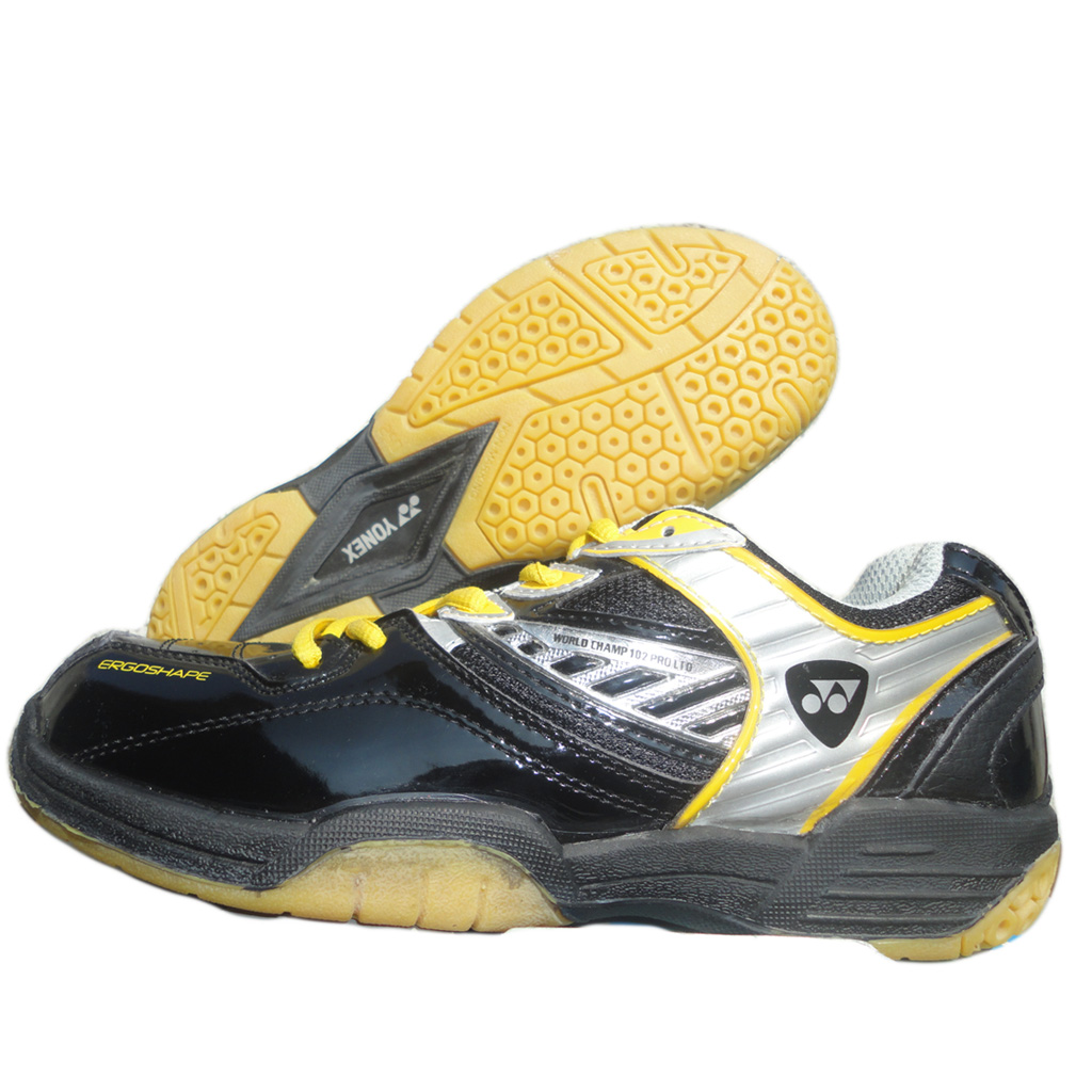 Yonex Badminton Shoes World Champ 102 PRO