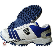 ESS Mid Batting Stud Cricket Shoes White and Blue